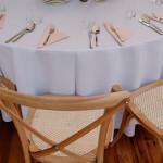 krzesła boho drewniane do wypożyczenia